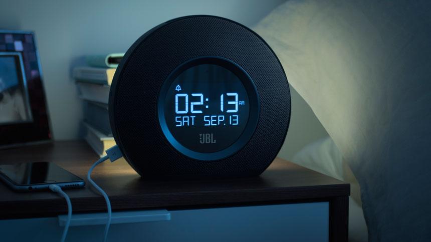 Портативная акустическая система с будильником JBL Horizon