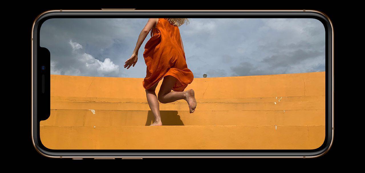 Экран iPhone XS и iPhone XS Max