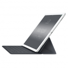 Фото клавиатуры для iPad Pro 12.9 Apple Smart Keyboard