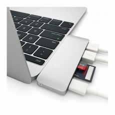 фото товара Алюминиевыи? USB-хаб Satechi Type-C (сквознои? порт питания) USB 3.0 Серебристыи? (B019PHF9W2)